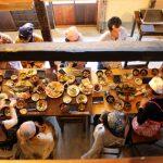 食卓いっぱいに並んだ湖北の秋の郷土料理