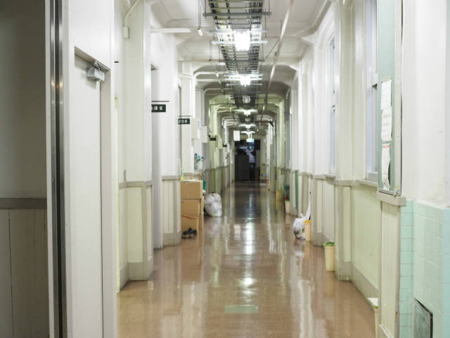 デザビレ廊下