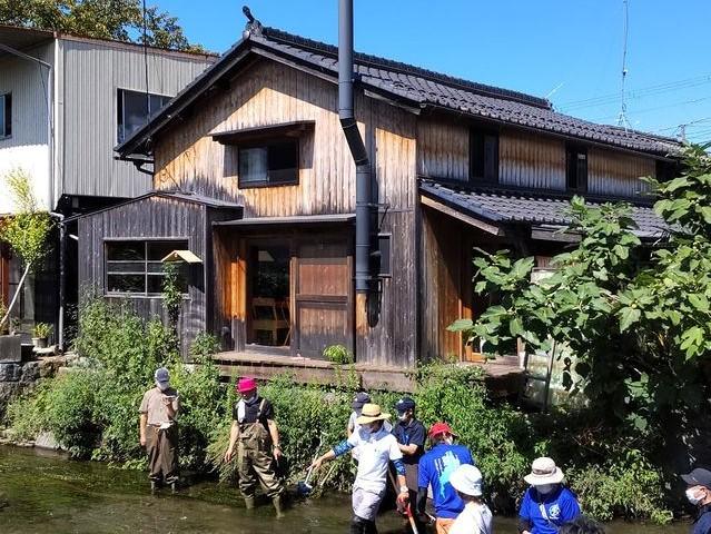 みんなで米川の流れを変える実証実験!